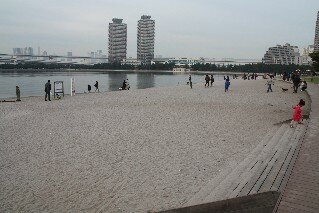 Deck's Beach Odaiba